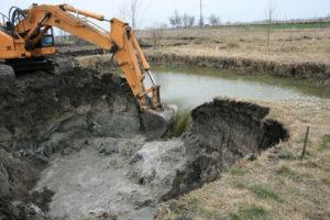 Услуга строительства озер
